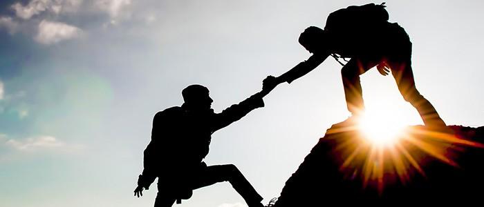 Как поддержать человека в трудную минуту