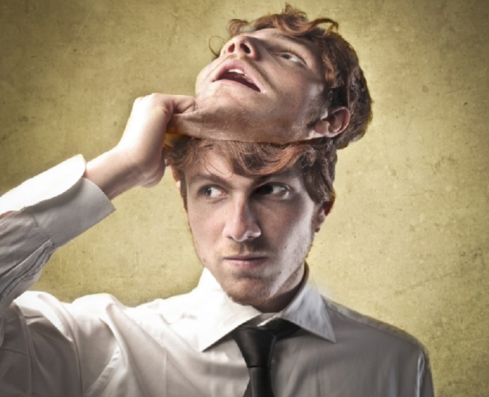 Как понять, что человек врет