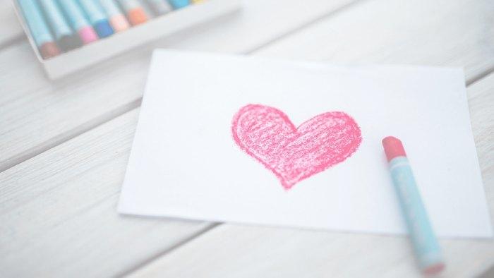 Как привлечь любовь в свою жизнь: 5+ способов и практик