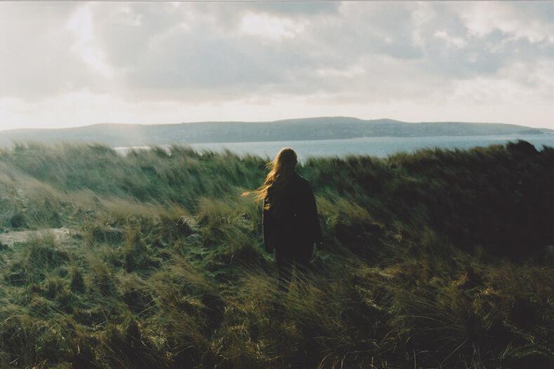Психолог объясняет, как наше душевное состояние влияет на тело (и неважно, сколько вы тренируетесь)
